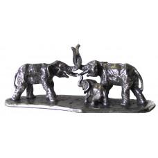 Olifanten familie gepatineerd glanzend tin.