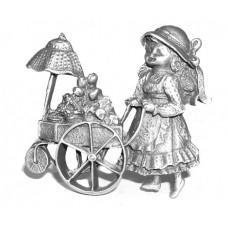 Meisje met kinderwagen wanddecoratie gepatineerd glanzend tin.