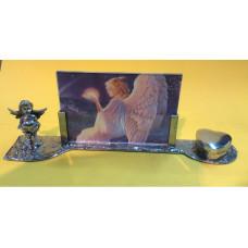 Herdenkingsfotolijst engel staand met Urn hartje